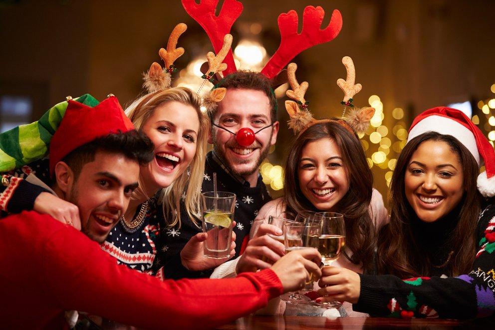 Weihnachtsfeier Einladung Text Lustig.Weihnachtsfeier Einladung Gestalten Lustige Vorlagen Und Texte