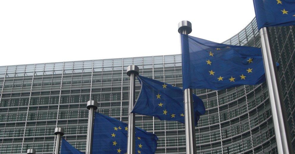 Nach Milliardenstrafe: EU knöpft sich Google wegen Android vor