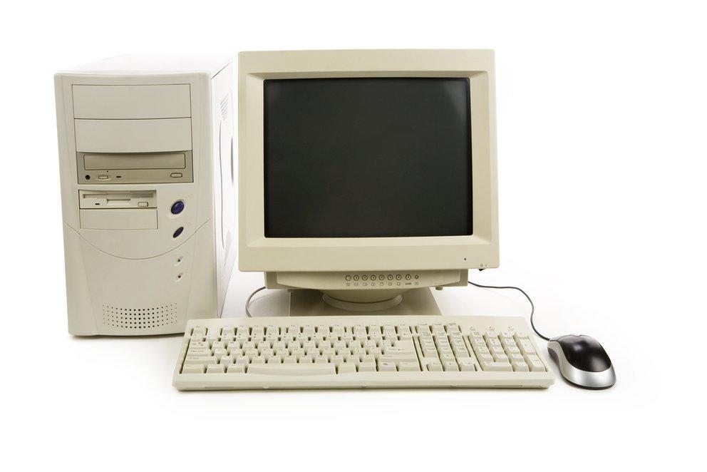 Ganz so alt muss ein gebrauchter Computer vielleicht nicht sein, aber auch mit älteren Geräten kann man die wichtigsten Dinge wie E-Mails und Surfen im Internet meist noch gut erledigen.