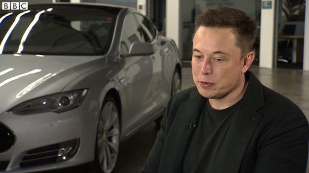 "Elon Musk hält Apple-Elektroauto für ""offenes Geheimnis"""