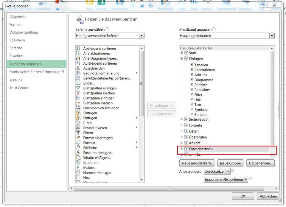 """Bevor man Formulare in Excel erstellen kann, muss man zunächst die """"Entwicklertools"""" aktivieren."""