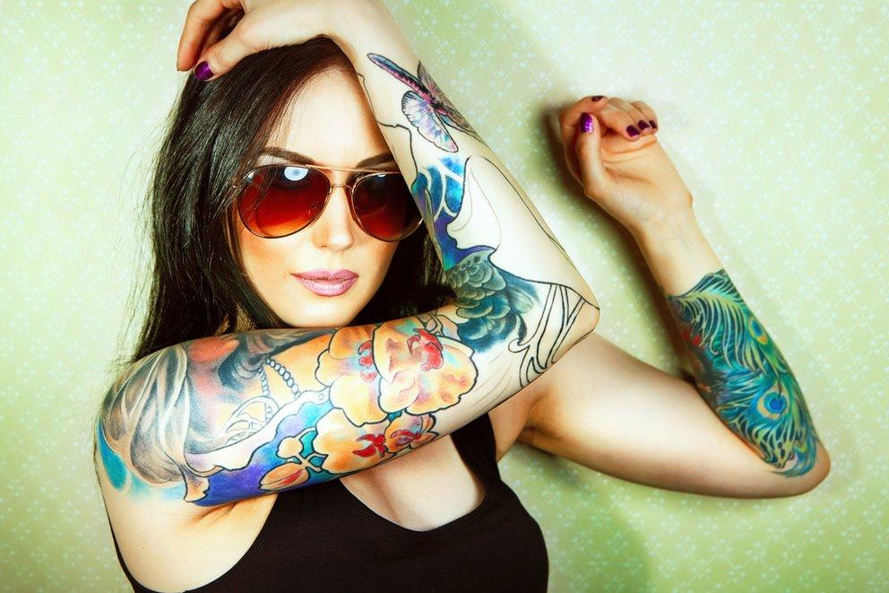hipster mädchen sollten auch ein tattoo haben aber keins aus dem mainstream