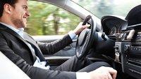 Barfuß Auto fahren – darf man das?