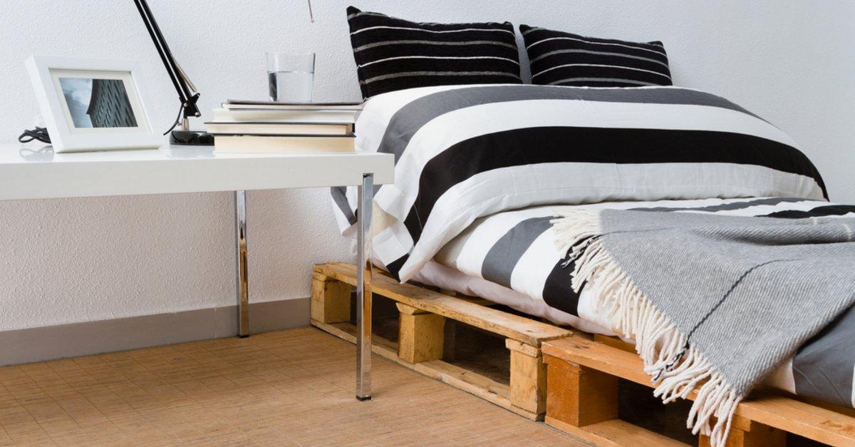 Möbel aus Paletten: Bett selber bauen statt Betten kaufen – GIGA