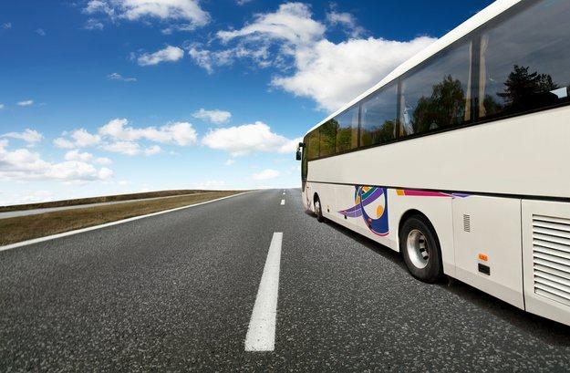 Fernbus Verspätung: Diese Rechte könnt ihr geltend machen