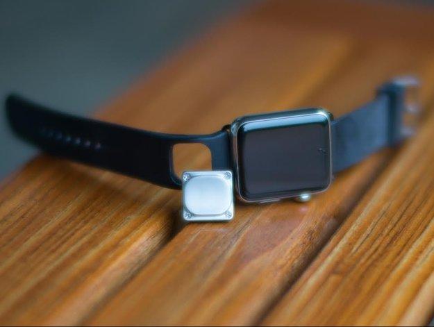 Kardia: AliveCor präsentiert EKG-Messung für Apple Watch dank eigenem Armband