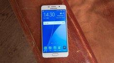 Galaxy A3 (2016) und Galaxy A5 (2016): Samsung verschenkt Akku-Pack, Speicherkarte und Schutzhülle
