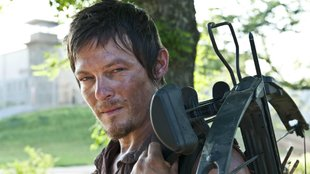 The Walking Dead: So killt Norman Reedus seine Zombies am liebsten (Video)