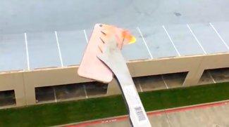 Betthupferl: Der Feuer-Pool-iPhone-Falltest mit ungeplantem Ausgang