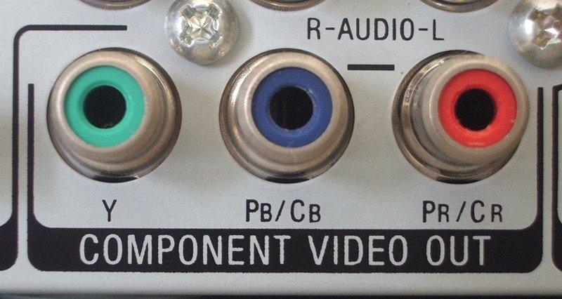 Component Video mit grünem, blauem und rotem Anschluss.
