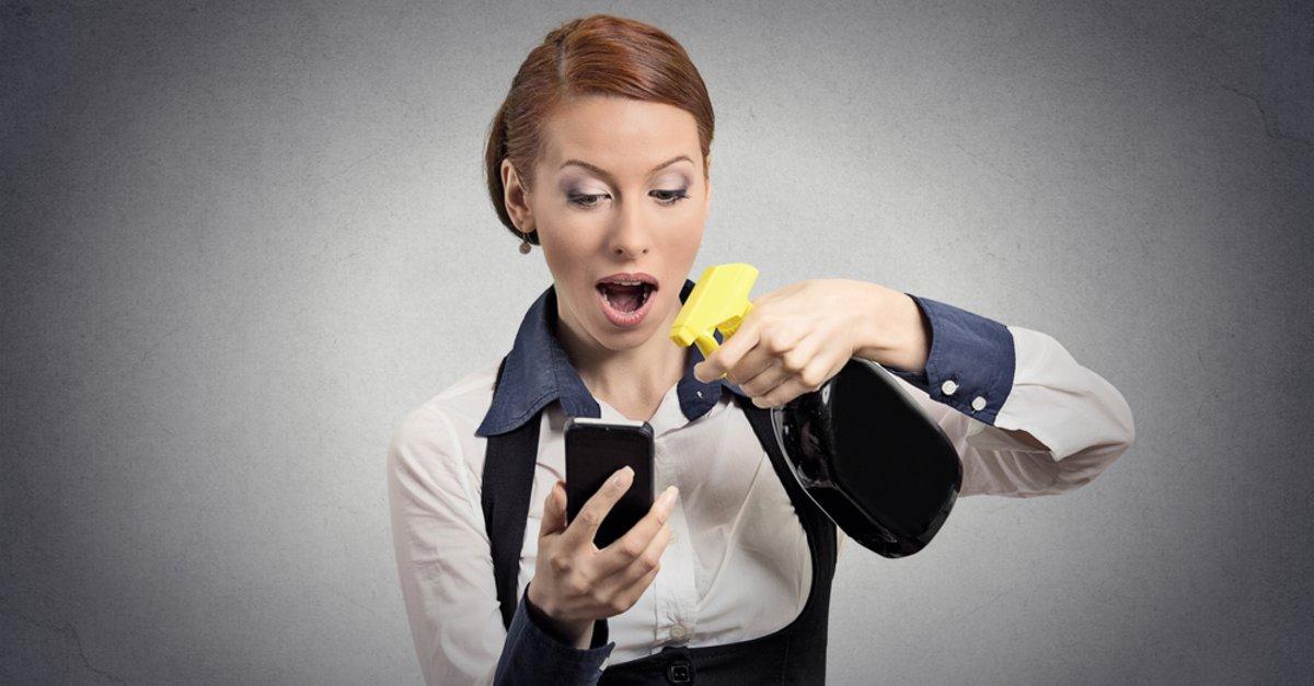 kuchenmobel von fett befreien : Handy reinigen - Smartphone von Fett & Keimen befreien - GIGA