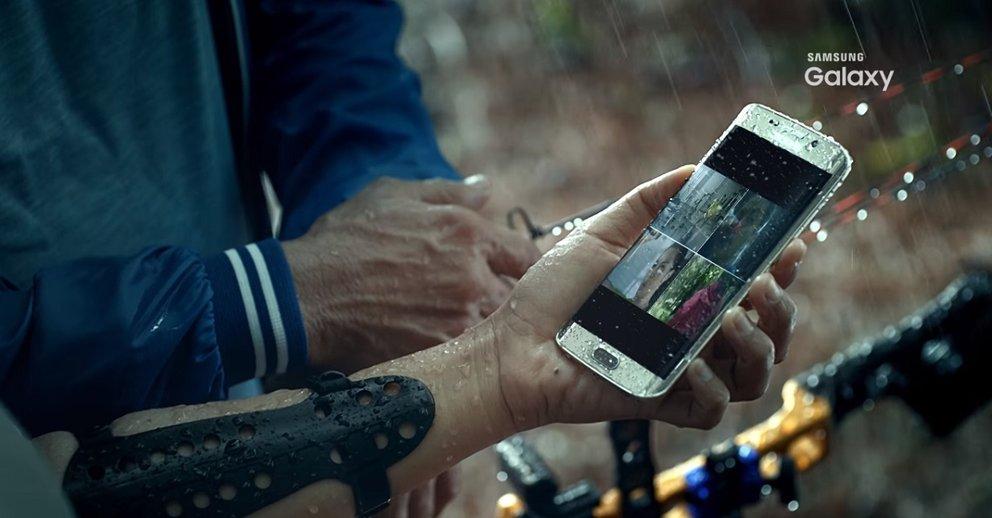 Wasser kann dem Galaxy S7 und Galaxy S7 edge nur wenig anhaben.