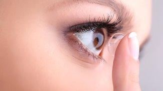 Kontaktlinsen einsetzen und entfernen: So geht's