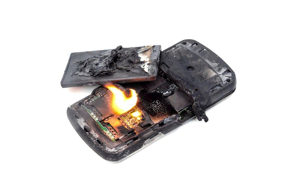 Smartphone Akku lädt nicht