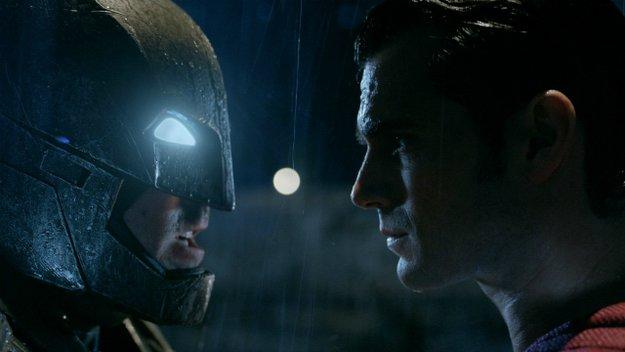 Kinocharts: So lief die zweite Woche für Batman V Superman