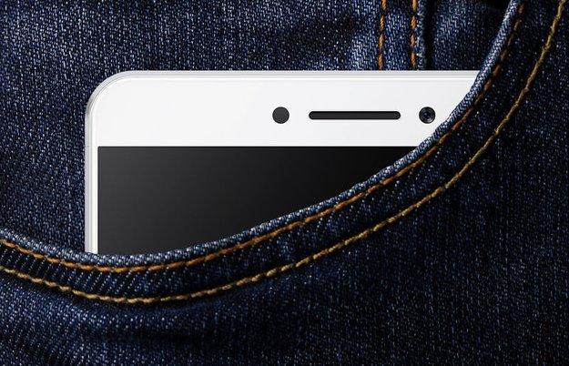 Xiaomi Max: Riesiges 6,4-Zoll-Phablet, das noch bequem in die Hosentasche passt