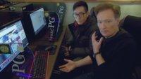 StarCraft: Clueless Gamer Conan O'Brien stiftet Chaos im Gaming-Café