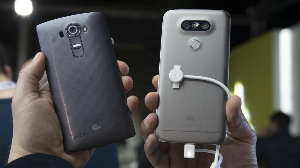 Das LG G4 (links, hier ohne Lederrückseite) im Vergleich mit dem G5