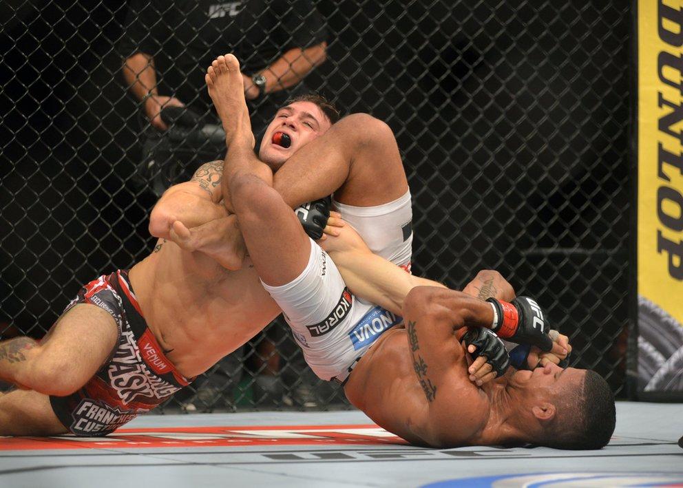 UFC-198