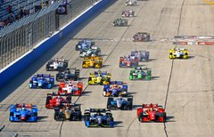 IndyCar Series: Indy 500...