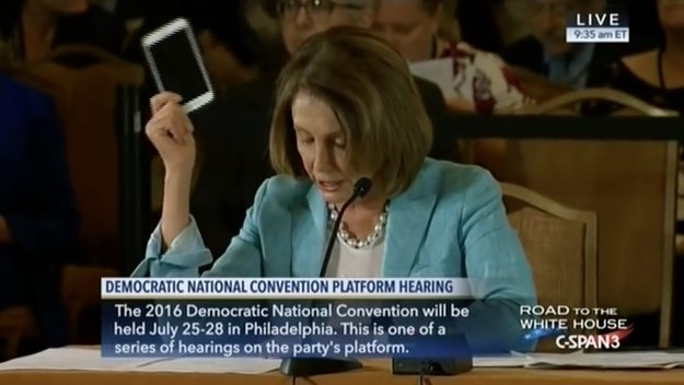 """US-Politikerin: """"Nicht Steve Jobs, sondern Regierung hat Smartphone erfunden"""""""