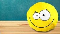 Smiley- und Emoji-Kissen: Hier gibt es den flauschigen WhatsApp-Kult