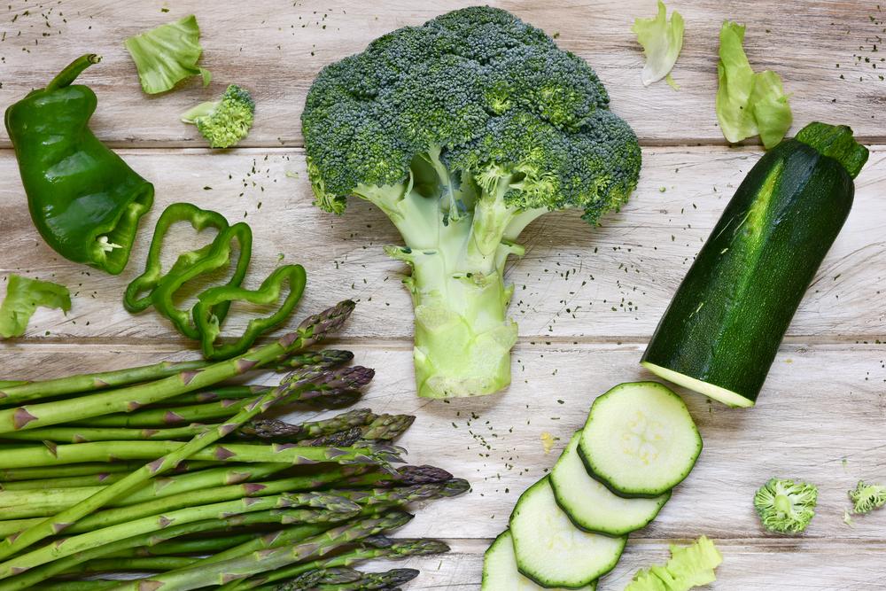 brokkoli und zucchini roh essen darf man das giga. Black Bedroom Furniture Sets. Home Design Ideas