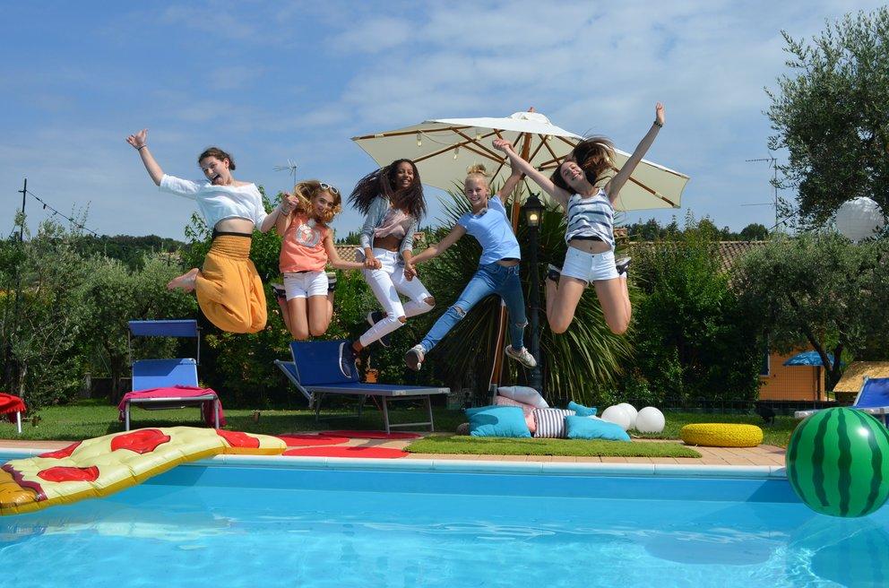 Die Mädchen-WG: Sommer. Sonne. Elternfrei.
