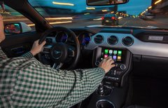 Ford integriert CarPlay und...