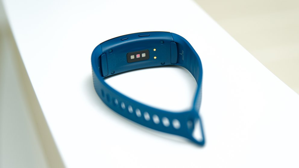 Samsung-Gear-Fit2_15