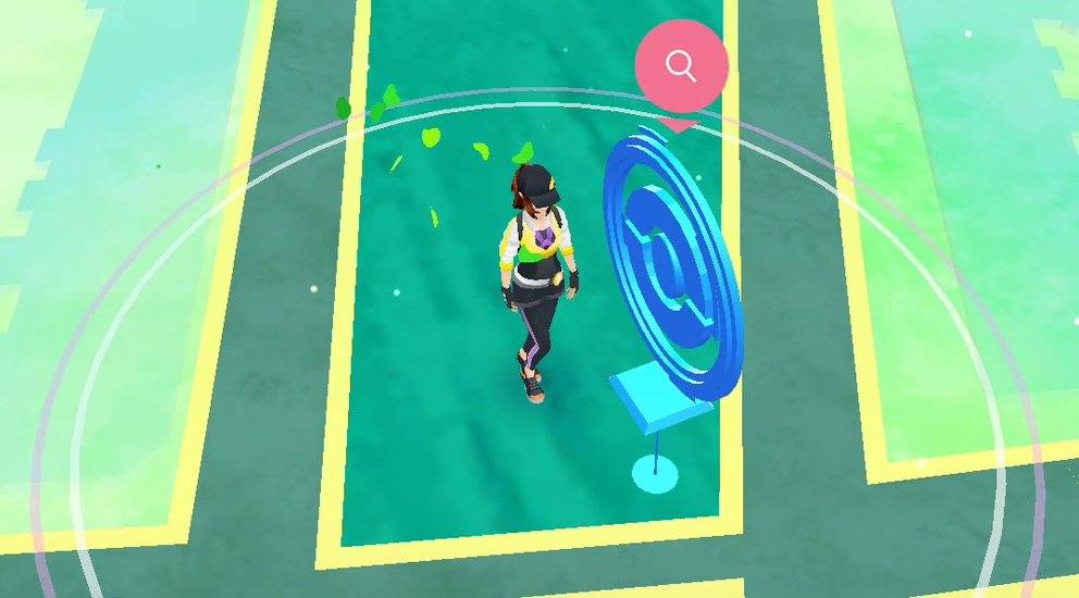 Befindet ihr euch in der Nähe eines PokéStops, öffnet er sich und kann gelootet werden.