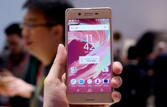 Sony Xperia X Performance:...