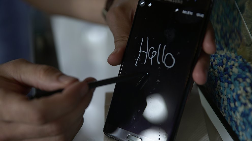 Samsung-Galaxy-Note-7-Foto-Display-nass-Stylus