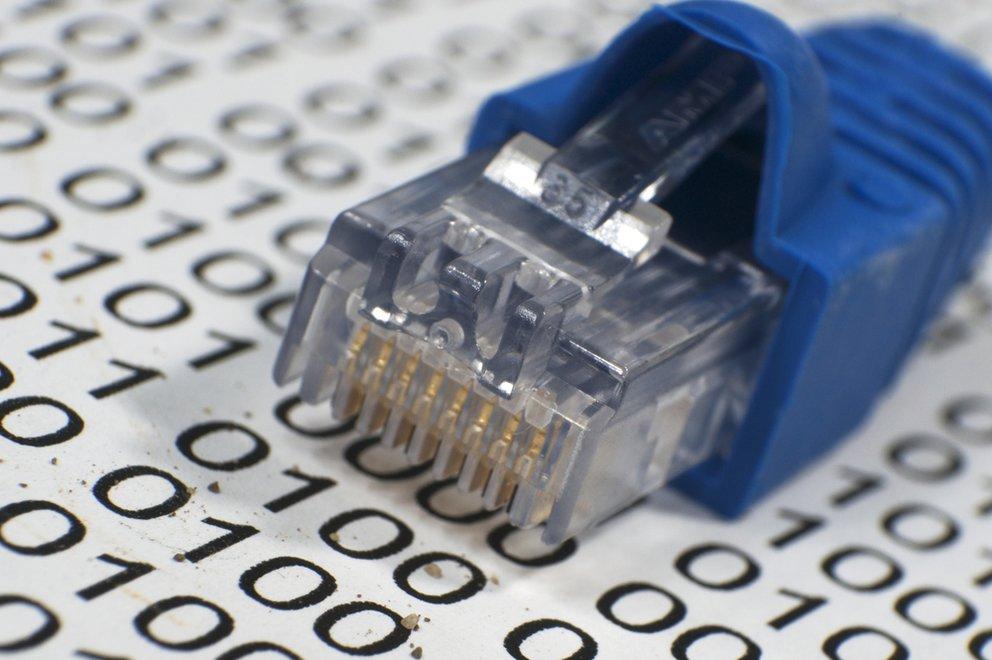 internet-kabel-shutterstock_188104256