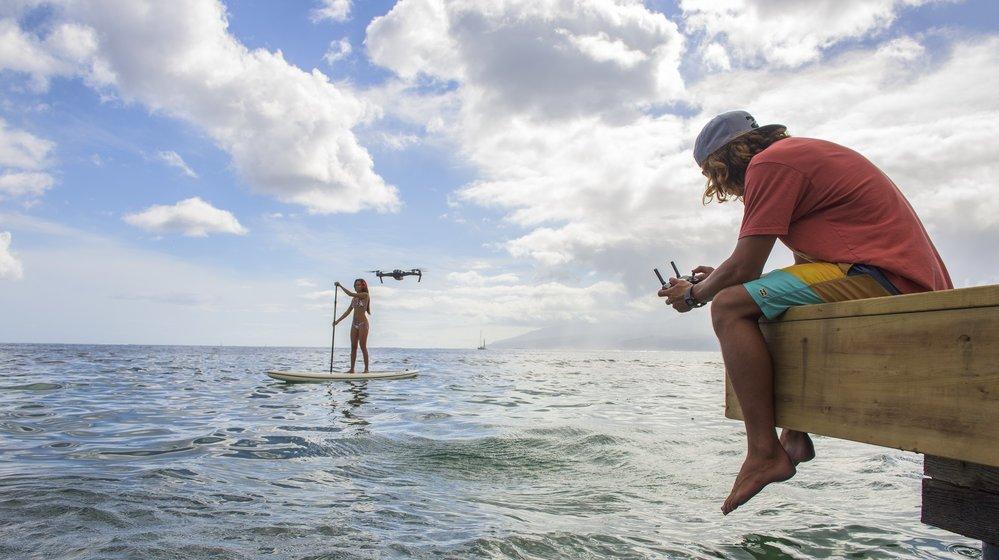 DJI Mavic Pro: Superkompakte Drohne mit langer Flugzeit und Tracking-Features vorgestellt