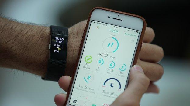 Fitbit Charge 2 im Test: Auf das Wesentliche konzentriert