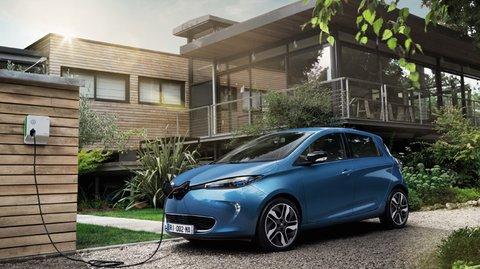 Grüne: Ab 2030 nur noch Elektorautos – Verbot von Diesel- und Benzin-Neuzulassungen gefordert