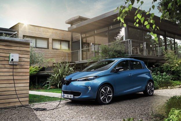 Grüne: Ab 2030 nur noch Elektroautos – Verbot von Diesel- und Benzin-Neuzulassungen gefordert