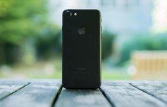 Warten aufs iPhone 8:...