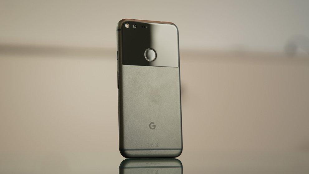 Google-Pixel-XL-Black-0
