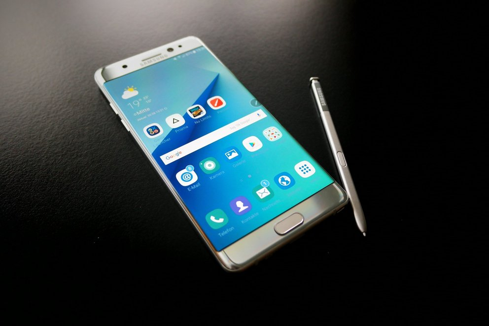 Samsung Galaxy Note 7 Front Stylus