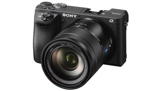 Sony Alpha 6500 und RX100 V vorgestellt: Superschneller Autofokus und Fünf-Achsen-Bildstabilisator