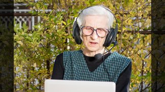 80-Jährige YouTuberin veröffentlicht ihr 300. Let's-Play zu Skyrim