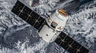Dreht Elon Musk durch? SpaceX will 4.425 Satelliten ins All schießen