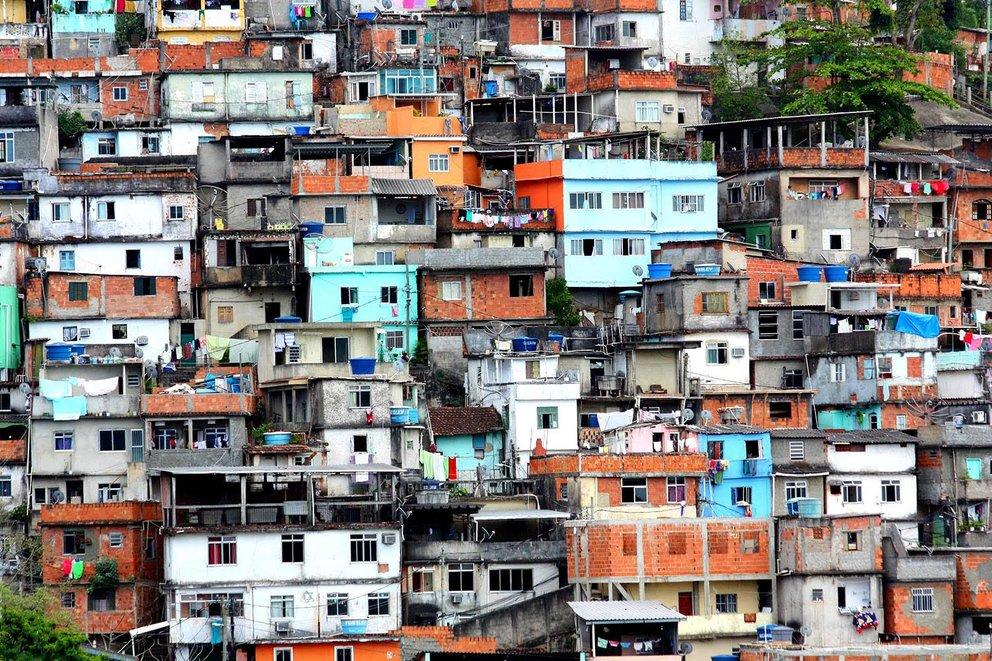 Viele Menschen leben Strassen und Hausnummern (Quelle: what3words)