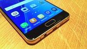 Samsung: Mittelklasse-Smartphones bald mit Dual-Edge-Display