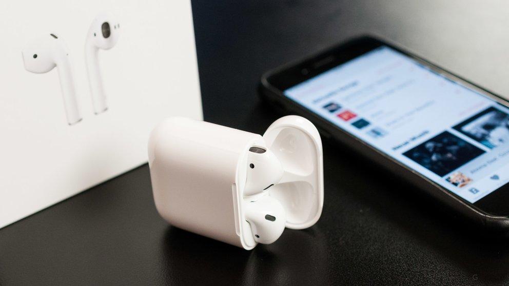 iphone mit dem airpods case aufladen