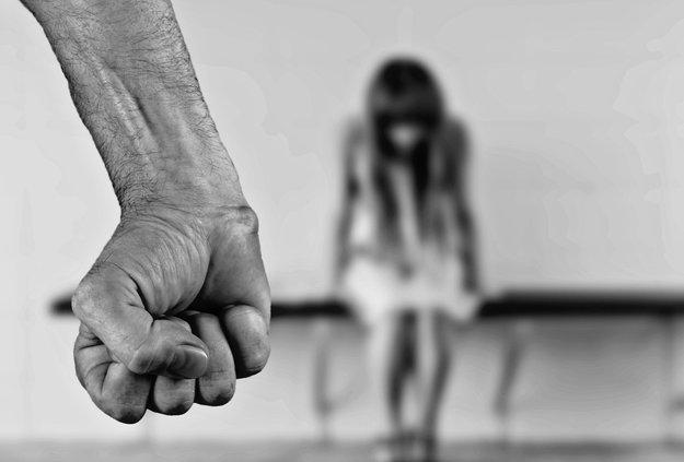 Insiderbericht: Facebook versus Folter, Mord und Missbrauch