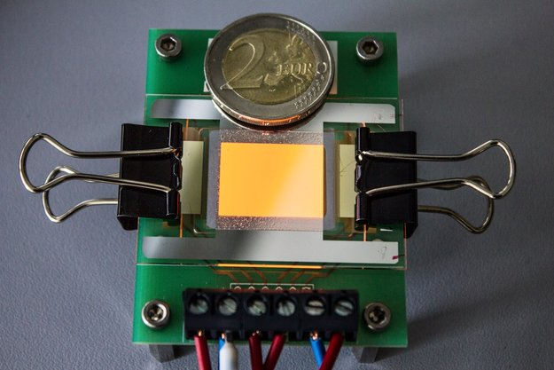 Fraunhofer: Graphen-OLED für unzerbrechliche Touchscreens hergestellt