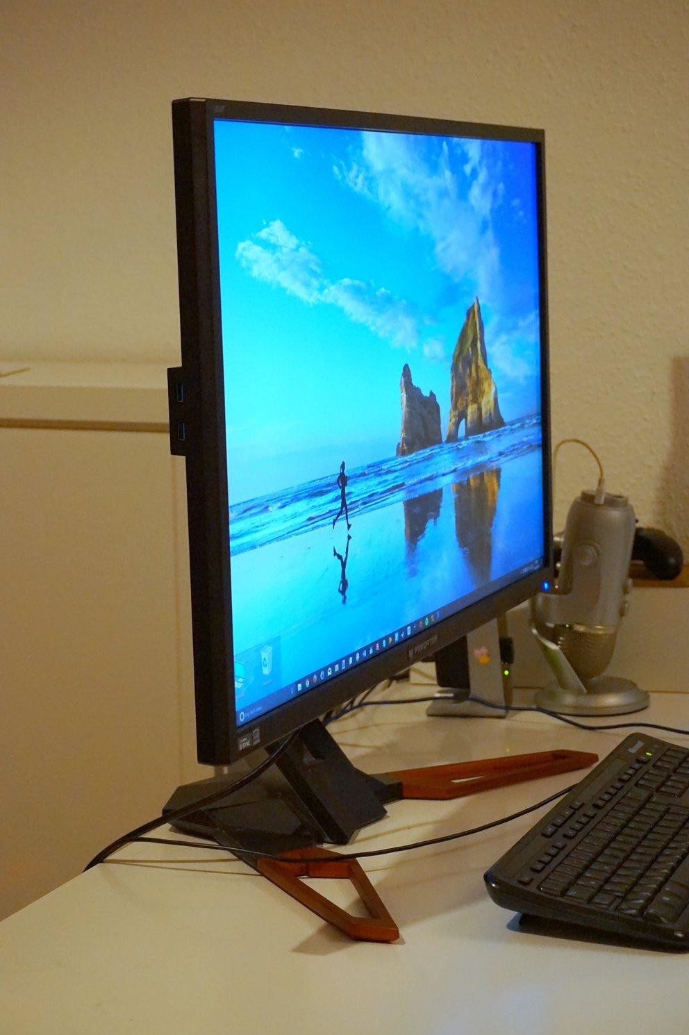 Der Acer Predator XB321HK bietet auch bei steilen Betrachtungswinkeln ein solides Bild